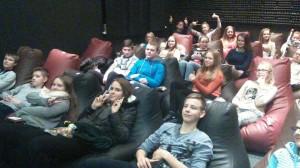 8 pažangiausi mokiniai keliavo į Mažeikius į kino teatrą  pirmas kadras